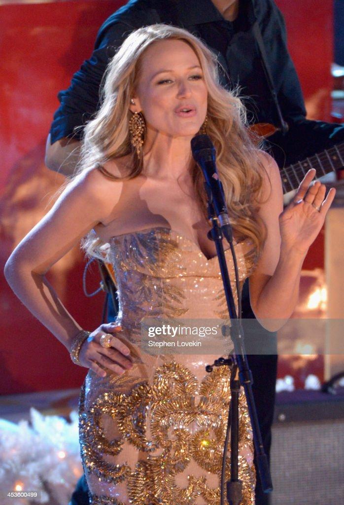 Jewel performs during 81st Annual Rockefeller Center Christmas Tree Lighting Ceremony at Rockefeller Center on December 4, 2013 in New York City.