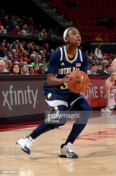 Jewell Loyd of the Notre Dame Fighting Irish handles the ball against the Maryland Terrapins at the Comcast Center on January 27 2014 in College Park...