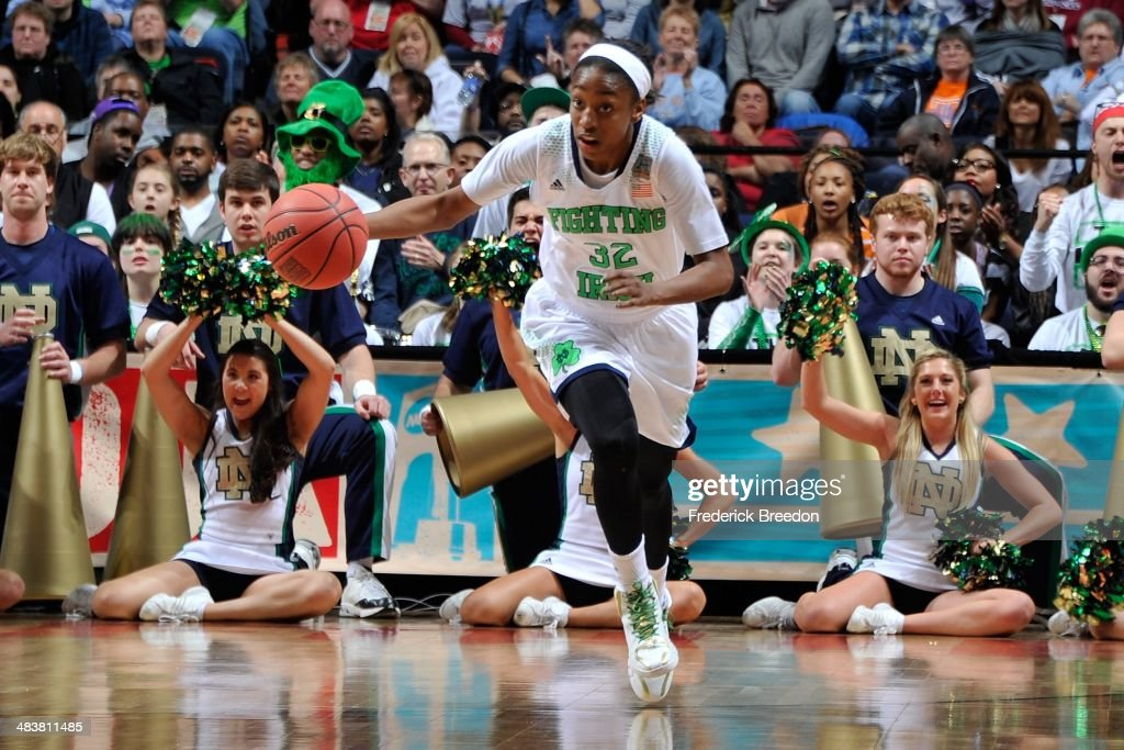 Jewell Loyd #32 of the Notre Dame Fighting Irish plays against the Maryland Terrapins at Bridgestone Arena on April 6, 2014 in Nashville, Tennessee.