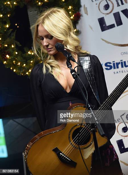 Jewell performs during 'Let It Snow' SiriusXM Acoustic Christmas With Jewel And Shawn Mullins at SiriusXM Music City Theatre on December 14 2015 in...