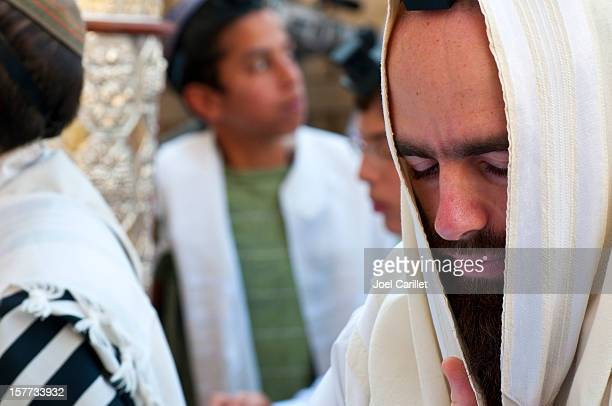 Jews praying in Jerusalem
