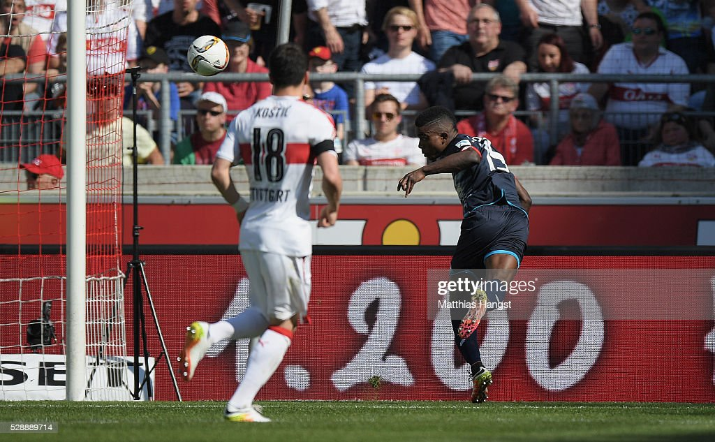 Jhon Cordoba of Mainz scores his team's second goal during the Bundesliga match between VfB Stuttgart and 1. FSV Mainz 05 at Mercedes-Benz Arena on May 7, 2016 in Stuttgart, Germany.