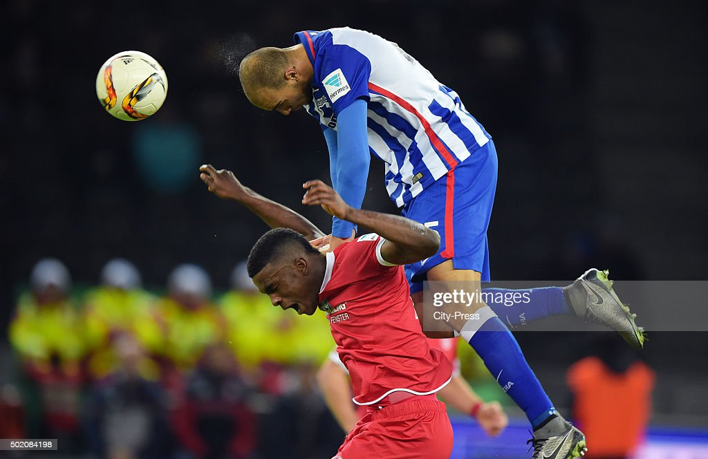 Jhon Córdoba of FSV Mainz 05 and John Anthony Brooks of Hertha BSC during the game between Hertha BSC and FSV Mainz 05 on December 20, 2015 in Berlin, Germany.