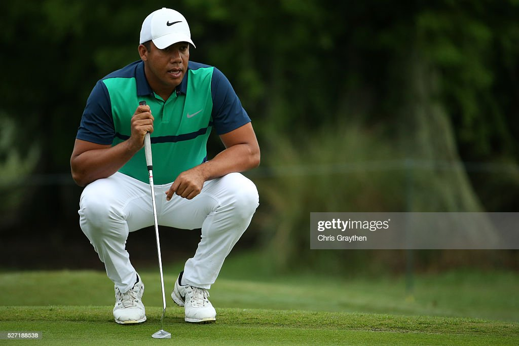<a gi-track='captionPersonalityLinkClicked' href=/galleries/search?phrase=Jhonattan+Vegas&family=editorial&specificpeople=4466874 ng-click='$event.stopPropagation()'>Jhonattan Vegas</a> of Venezuela lines up a putt on the 7th hole during a continuation of the third round of the Zurich Classic at TPC Louisiana on May 2, 2016 in Avondale, Louisiana.