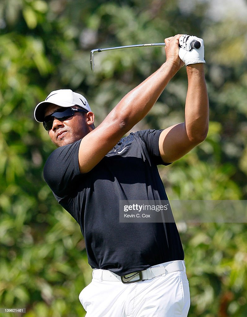 <a gi-track='captionPersonalityLinkClicked' href=/galleries/search?phrase=Jhonattan+Vegas&family=editorial&specificpeople=4466874 ng-click='$event.stopPropagation()'>Jhonattan Vegas</a> of Venezuela tees off the 10th hole during the first round of the Mayakoba Golf Classic at Riviera Maya-Cancún held at El Camaleon Golf Club at Mayakoba on February 23, 2012 in Playa del Carmen, Mexico.