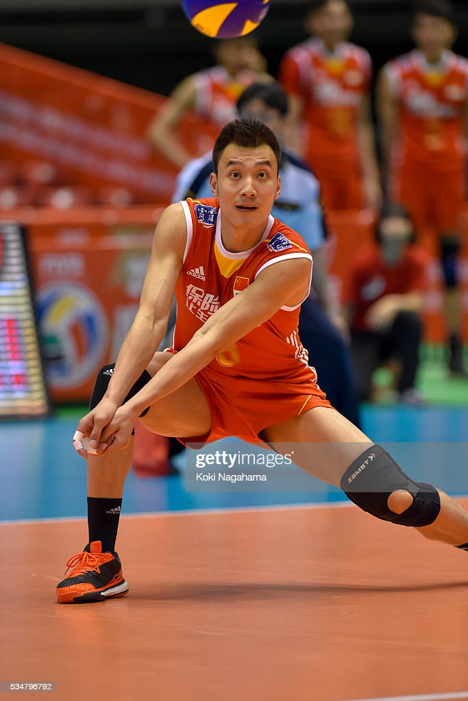 Jianjun Cui #8 of China receives the ball during the Men's World Olympic Qualification game between China and France at Tokyo Metropolitan Gymnasium on May 28, 2016 in Tokyo, Japan.