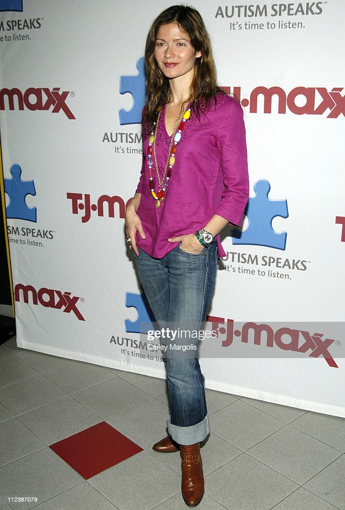 Jill Hennessy during Jill Hennessy Becomes an Artist for the Day to Raise Funding for Autism Awareness and Prevention April 10 2006 at TJ Maxx in New...