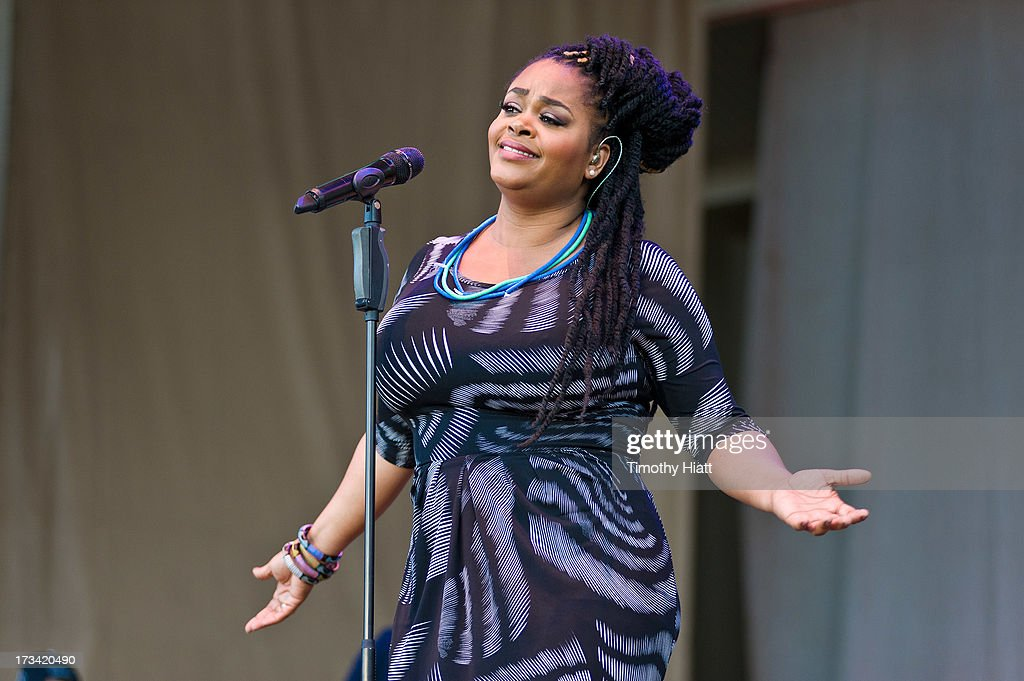 Jill Scott performs during the 2013 Taste Of Chicago at Grant Park on July 13, 2013 in Chicago, Illinois.