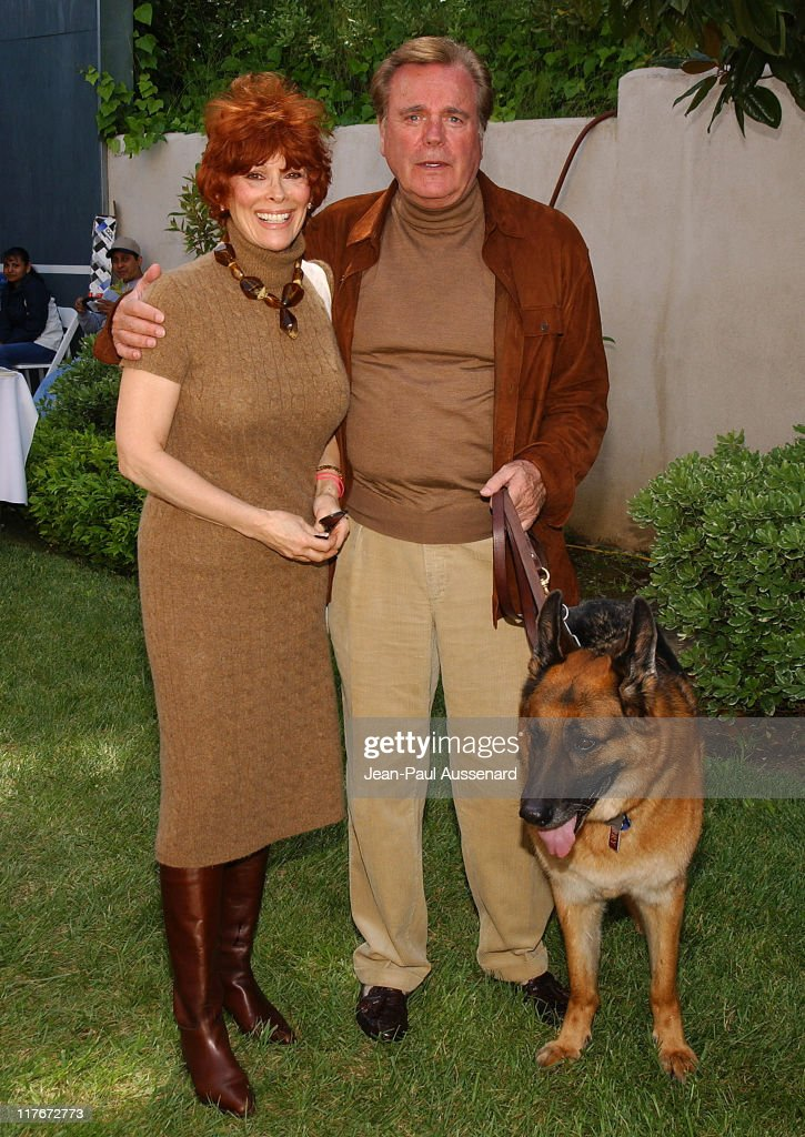 Jill St. John , Robert Wagner and their dog Larry during 'Silver Spoon ...