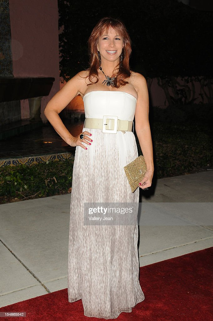 <a gi-track='captionPersonalityLinkClicked' href=/galleries/search?phrase=Jill+Zarin&family=editorial&specificpeople=4436962 ng-click='$event.stopPropagation()'>Jill Zarin</a> arrives at 23rd Annual Chris Evert/Raymond James Pro-Celebrity Tennis Classic Gala at Boca Raton Resort on October 27, 2012 in Boca Raton, Florida.