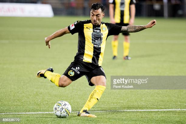 Jiloan Hamad of Hammarby IF during the Allsvenskan match between Orebro SK and Hammarby IF at Behrn Arena on August 21 2017 in Orebro Sweden