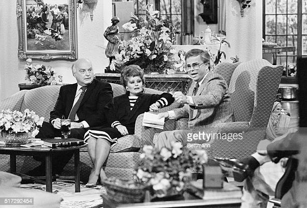 Jim Bakker and wife Tammy sit with Edwin Louis Cole a guest on their program 'People That Love' on April 28 1986 Jim Bakker is a teleevangelist and...