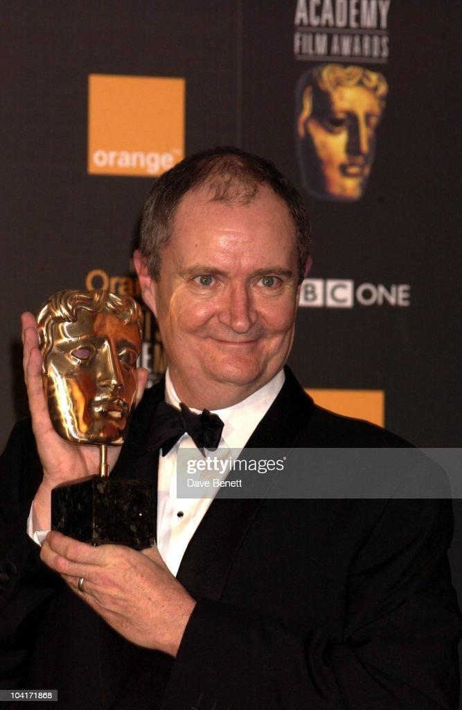 Jim Broadbent, The Orange British Academy Film Awards (bafta) 2002, At The Odeon, Leicester Square, London