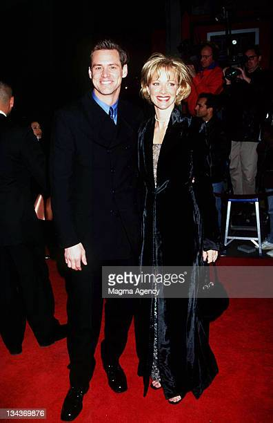 Jim Carrey and Lauren Holly during 'Turbulence' Los Angeles Premiere at Los Angeles in Los Angeles CA United States