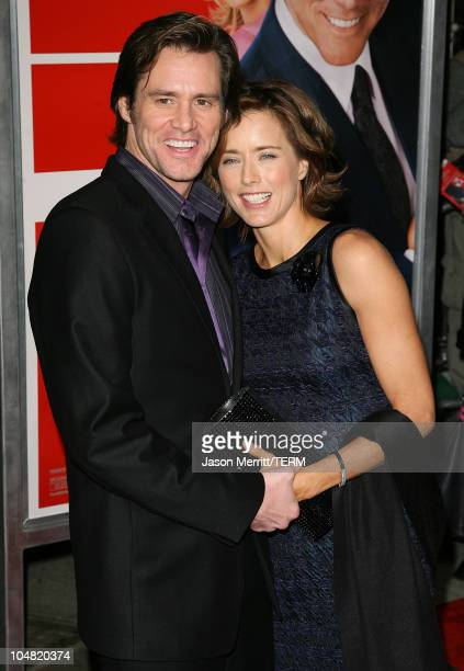 Jim Carrey and Tea Leoni during 'Fun with Dick and Jane' Los Angeles Premiere Arrivals at Mann Village Theatre in Westwood California United States