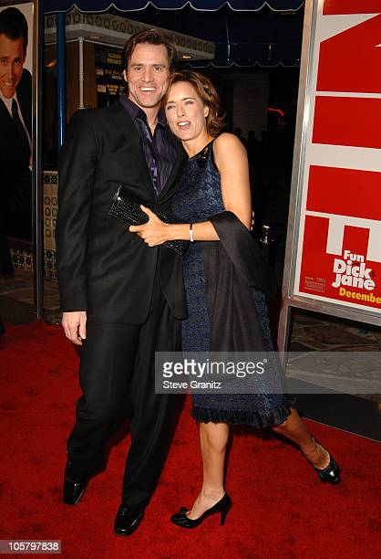 Jim Carrey and Tea Leoni during 'Fun with Dick and Jane' Los Angeles Premiere Arrivals at Mann Village Theater in Westwood California United States