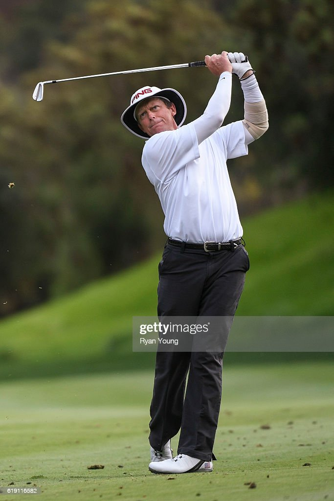 Jim Carter hits an approach shot on the 18th hole during the second round for the PGA TOUR Champions PowerShares QQQ Championship at Sherwood Country Club on October 29, 2016 in Thousand Oaks, California.