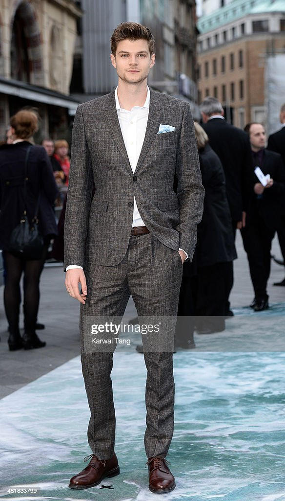 <a gi-track='captionPersonalityLinkClicked' href=/galleries/search?phrase=Jim+Chapman+-+Blogger&family=editorial&specificpeople=14698710 ng-click='$event.stopPropagation()'>Jim Chapman</a> attends the UK premiere of 'Noah' held at the Odeon Leicester Square on March 31, 2014 in London, England.
