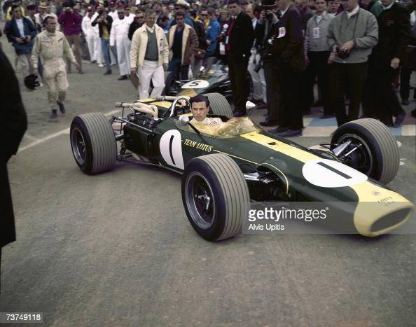 Jim Clarks grids his Lotus 43 BRM H16 for the US Grand Prix of 1966 at Watkins Glen New York He would win the race scoring the only win for the H16...