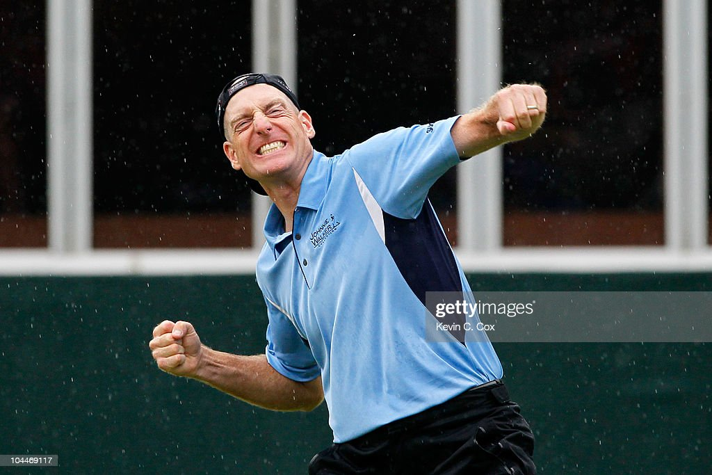 <a gi-track='captionPersonalityLinkClicked' href=/galleries/search?phrase=Jim+Furyk&family=editorial&specificpeople=202579 ng-click='$event.stopPropagation()'>Jim Furyk</a> celebrates winning the FedExCup and THE TOUR Championship presented by Coca-Cola, the final event of the PGA TOUR Playoffs for the FedExCup, at East Lake Golf Club on September 26, 2010 in Atlanta, Georgia.