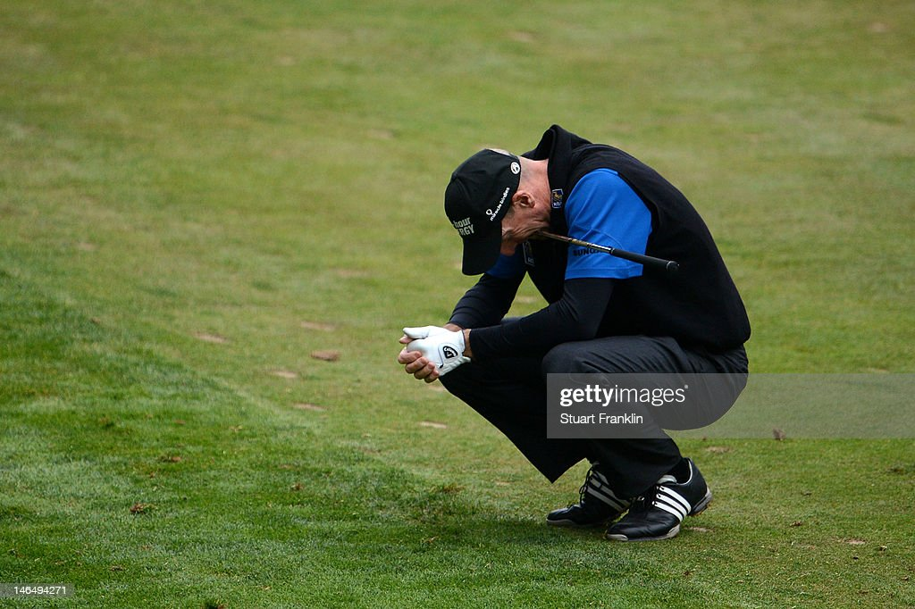 <a gi-track='captionPersonalityLinkClicked' href=/galleries/search?phrase=Jim+Furyk&family=editorial&specificpeople=202579 ng-click='$event.stopPropagation()'>Jim Furyk</a> of the United States reacts to his approach shot on the 18th hole during the final round of the 112th U.S. Open at The Olympic Club on June 17, 2012 in San Francisco, California.