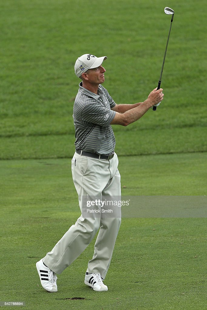 <a gi-track='captionPersonalityLinkClicked' href=/galleries/search?phrase=Jim+Furyk&family=editorial&specificpeople=202579 ng-click='$event.stopPropagation()'>Jim Furyk</a> plays a shot on the eighth hole during the second round of the Quicken Loans National at Congressional Country Club on June 24, 2016 in Bethesda, Maryland.