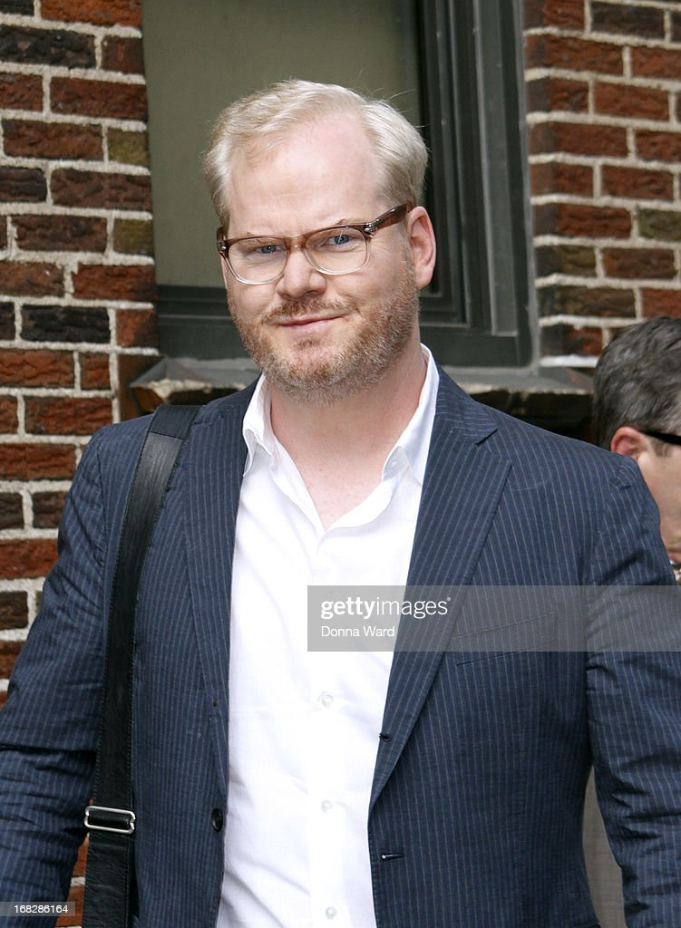 <a gi-track='captionPersonalityLinkClicked' href=/galleries/search?phrase=Jim+Gaffigan&family=editorial&specificpeople=2083899 ng-click='$event.stopPropagation()'>Jim Gaffigan</a> arrives for the 'Late Show with David Letterman' at Ed Sullivan Theater on May 7, 2013 in New York City.