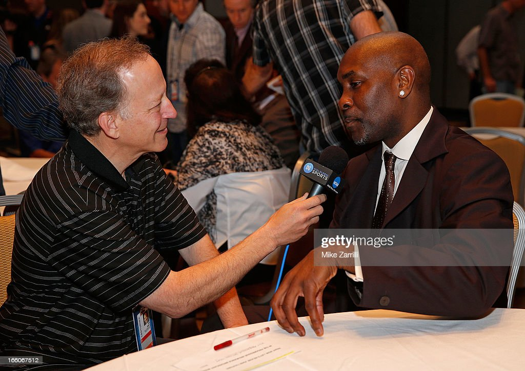 Jim Gray interviews 2013 Naismith Memorial Basketball Hall of Fame honoree <a gi-track='captionPersonalityLinkClicked' href=/galleries/search?phrase=Gary+Payton&family=editorial&specificpeople=201500 ng-click='$event.stopPropagation()'>Gary Payton</a> after the Announcement Ceremony at Marriott Marquis on April 8, 2013 in Atlanta, Georgia.