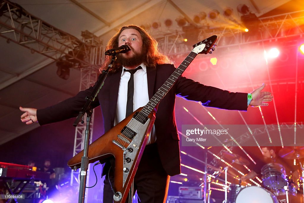 <a gi-track='captionPersonalityLinkClicked' href=/galleries/search?phrase=Jim+James&family=editorial&specificpeople=563700 ng-click='$event.stopPropagation()'>Jim James</a> performs during the 2013 Bonnaroo Music & Arts Festival on June 14, 2013 in Manchester, Tennessee.