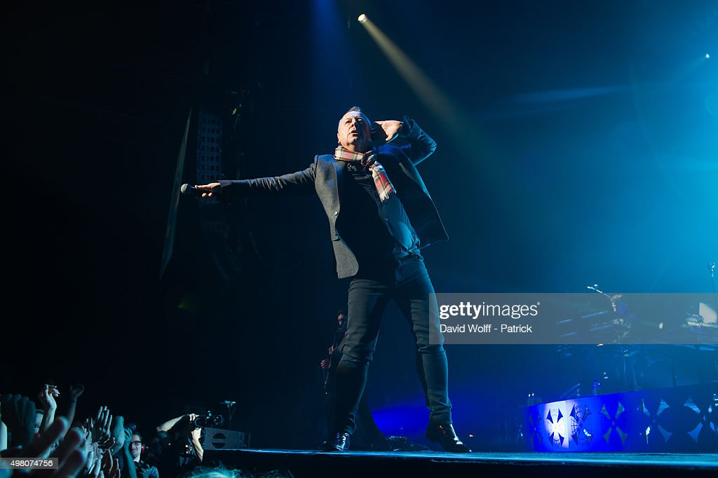 Jim Kerr from Simple Minds performs at Zenith de Paris on November 20 2015 in Paris France