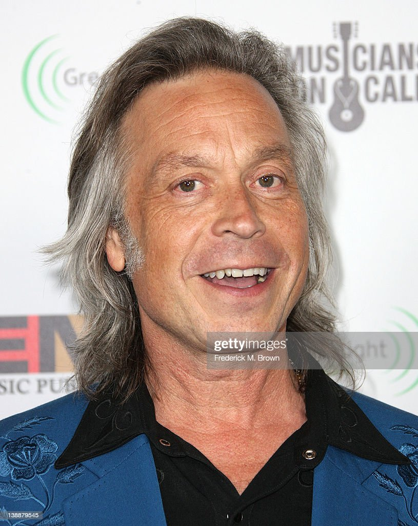 <a gi-track='captionPersonalityLinkClicked' href=/galleries/search?phrase=Jim+Lauderdale&family=editorial&specificpeople=2993964 ng-click='$event.stopPropagation()'>Jim Lauderdale</a> attends the EMI GRAMMY After Party at the Capital Records Building on February 12, 2012 in Hollywood, California.