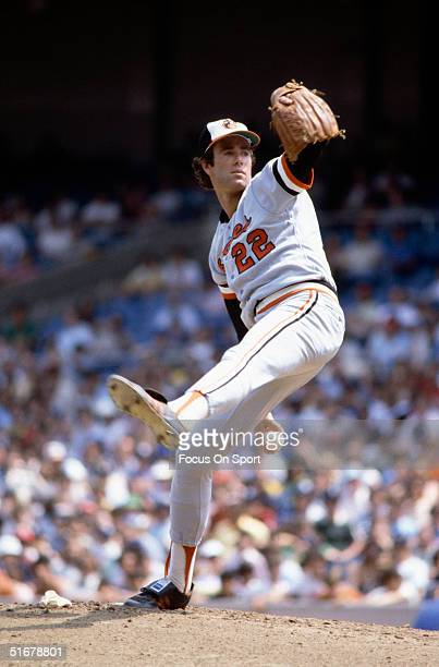 Jim Palmer for the Baltimore Orioles winds up for a pitch