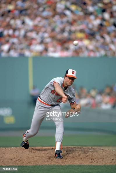 Jim Palmer of the Balimore Orioles delivers the pitch during a 1982 season game