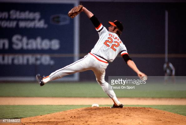 Jim Palmer of the Baltimore Orioles and American League AllStars pitches against the National League AllStars during Major League Baseball AllStar...