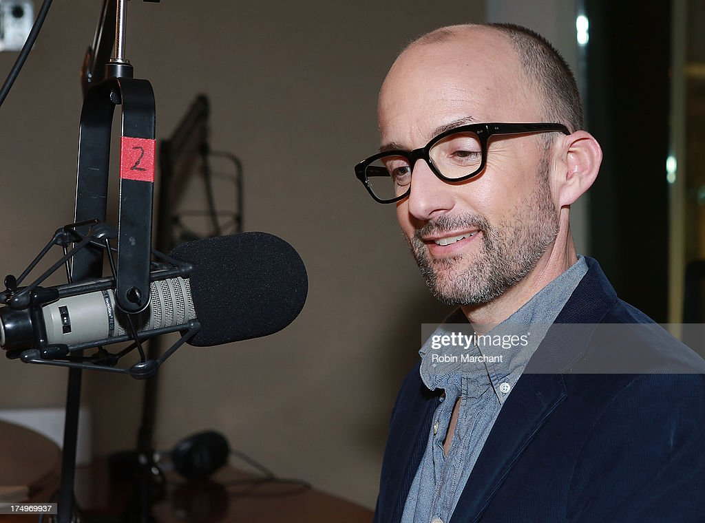 <a gi-track='captionPersonalityLinkClicked' href=/galleries/search?phrase=Jim+Rash&family=editorial&specificpeople=742689 ng-click='$event.stopPropagation()'>Jim Rash</a> visits SiriusXM's Entertainment Weekly Radio 'Editor's Hour' at SiriusXM Studios on July 29, 2013 in New York City.