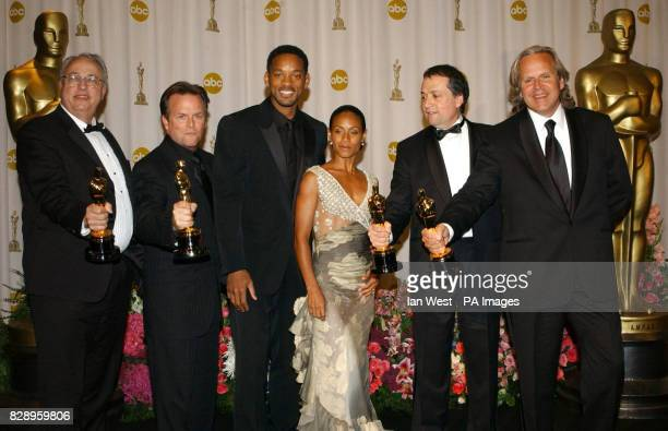 Jim Rygiel Joe Letteri Randall William Cook and Alex Funke with their Oscars for Visual Effects for Lord of the Rings The Return of the King and Will...