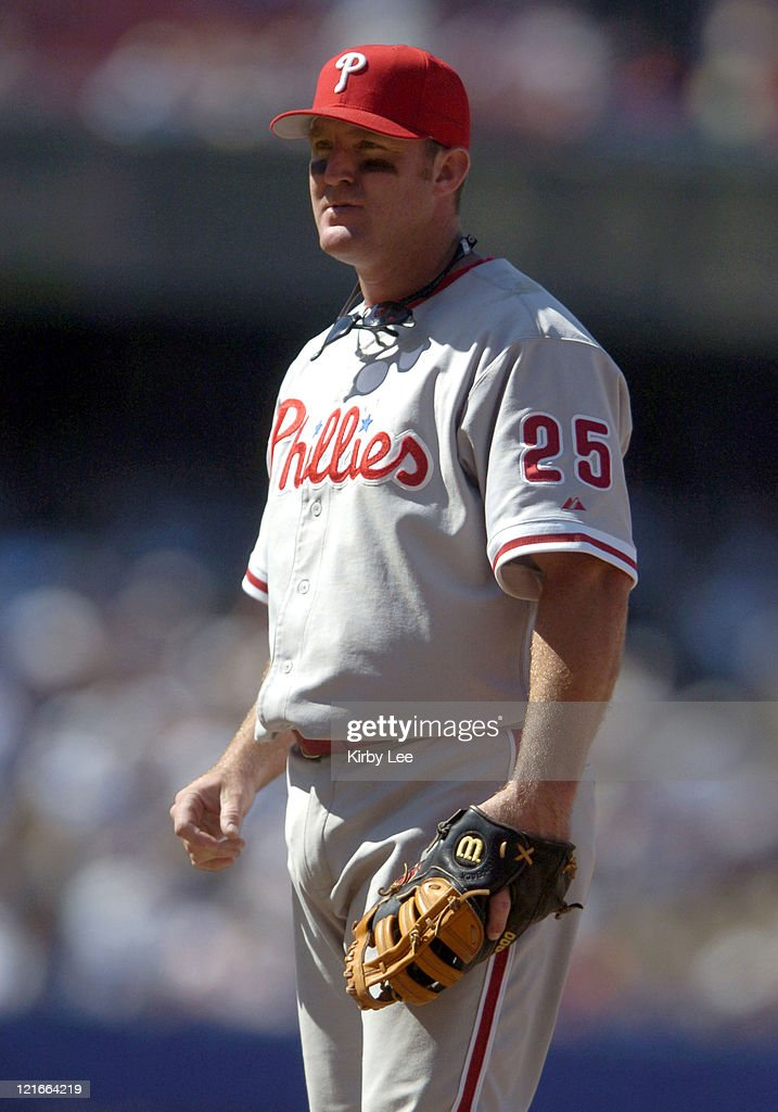 Jim Thome of the Philadelphia Phillies during 4-1 victory over the Los Angeles Dodgers at Dodger Stadium on Sunday, August 8, 2004.