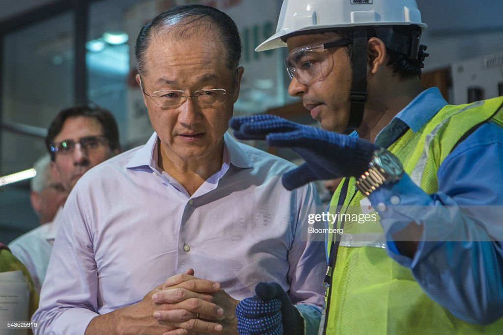 <a gi-track='captionPersonalityLinkClicked' href=/galleries/search?phrase=Jim+Yong+Kim&family=editorial&specificpeople=2302483 ng-click='$event.stopPropagation()'>Jim Yong Kim</a>, president of the World Bank Group, left, speaks to a supervisor during a visit to a vocational training class at the Infrastructure Leasing & Financial Services (IL&FS) Institute of Skills in New Delhi, India, on Wednesday, June 29, 2016. Kim arrived in India on June 28 for a two day visit. Photographer: Prashanth Vishwanathan/Bloomberg via Getty Images