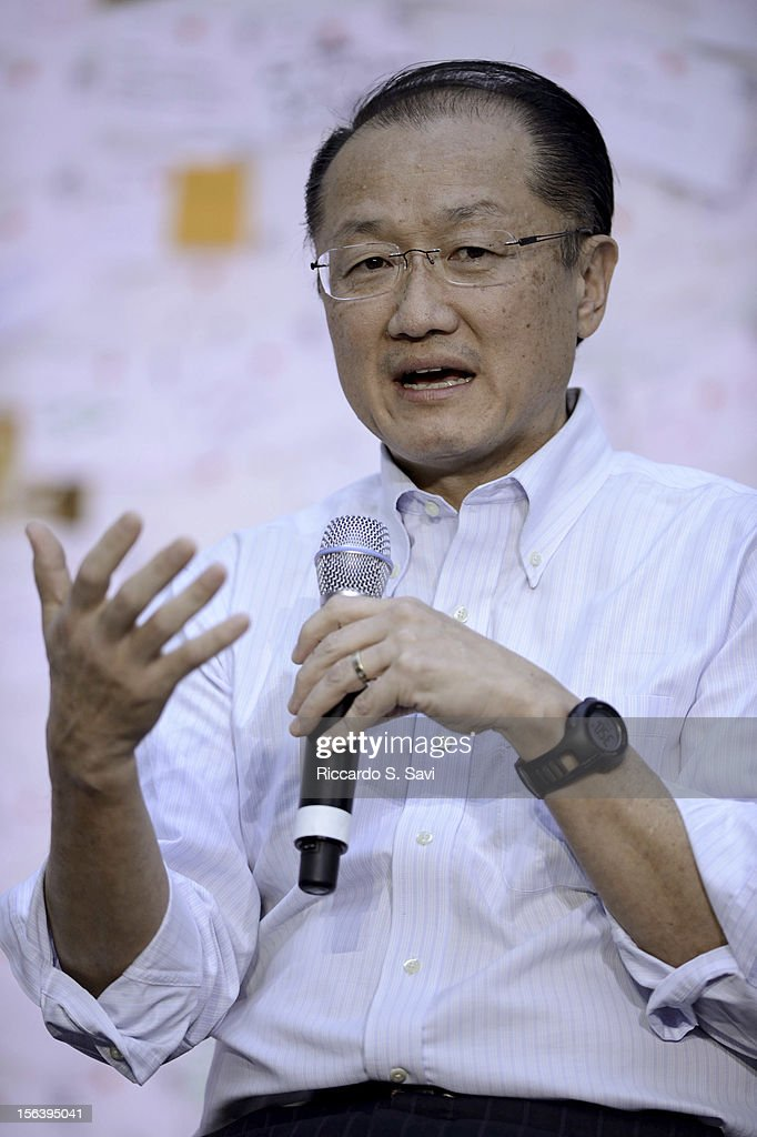 Jim Yong Kim speaks at the World Bank on November 14, 2012 in Washington, DC.