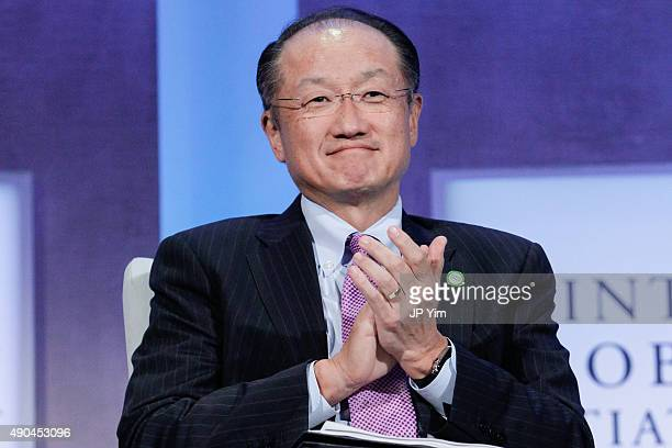 Jim Yong Kim the 12th President of the World Bank responds to discussion remarks at the Climate Change and Resiliency Redefining Business as Usual...