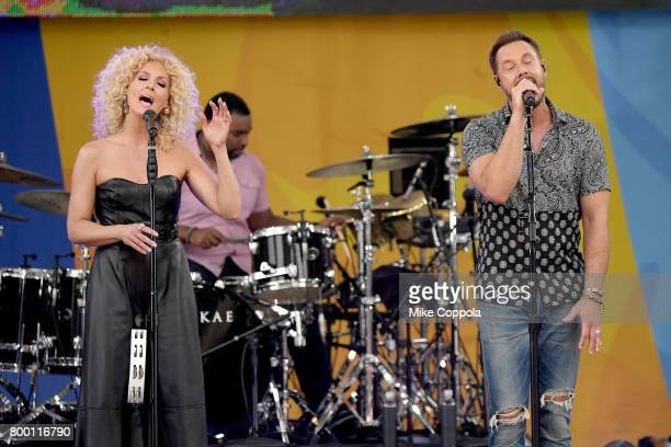 Jimi Westbrook and Kimberly Schlapman of Little Big Town perform onstage on ABC's 'Good Morning America' at Rumsey Playfield Central Park on June 23...
