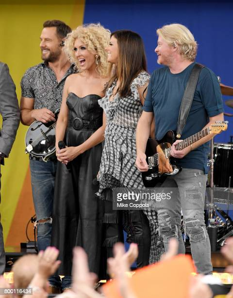 Jimi Westbrook Kimberly Schlapman Karen Fairchild and Philip Sweet of Little Big Town perform onstage on ABC's 'Good Morning America' at Rumsey...