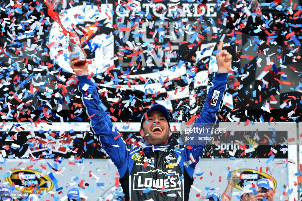 <a gi-track='captionPersonalityLinkClicked' href=/galleries/search?phrase=Jimmie+Johnson+-+Piloto+de+coches+de+carrera+de+Nascar&family=editorial&specificpeople=171519 ng-click='$event.stopPropagation()'>Jimmie Johnson</a>, driver of the #48 Lowe's Chevrolet, celebrates in victory lane after winning the NASCAR Sprint Cup Series Daytona 500 at Daytona International Speedway on February 24, 2013 in Daytona Beach, Florida.