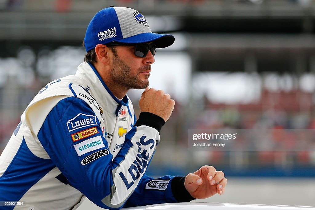 <a gi-track='captionPersonalityLinkClicked' href=/galleries/search?phrase=Jimmie+Johnson+-+Nascar+Race+Driver&family=editorial&specificpeople=171519 ng-click='$event.stopPropagation()'>Jimmie Johnson</a>, driver of the #48 Lowe's Chevrolet, is introduced prior to the NASCAR Sprint Cup Series GEICO 500 at Talladega Superspeedway on May 1, 2016 in Talladega, Alabama.