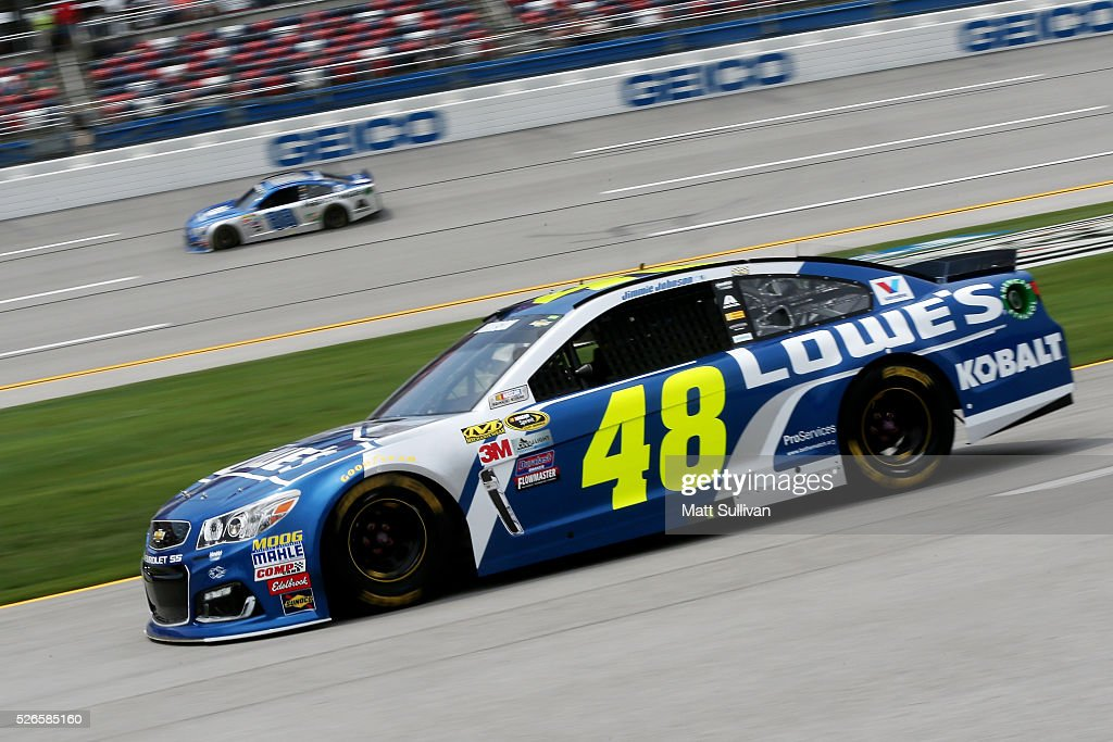 <a gi-track='captionPersonalityLinkClicked' href=/galleries/search?phrase=Jimmie+Johnson+-+Nascar+Race+Driver&family=editorial&specificpeople=171519 ng-click='$event.stopPropagation()'>Jimmie Johnson</a>, driver of the #48 Lowe's Chevrolet, races down pit road during qualifying for the NASCAR Sprint Cup Series GEICO 500 at Talladega Superspeedway on April 30, 2016 in Talladega, Alabama.