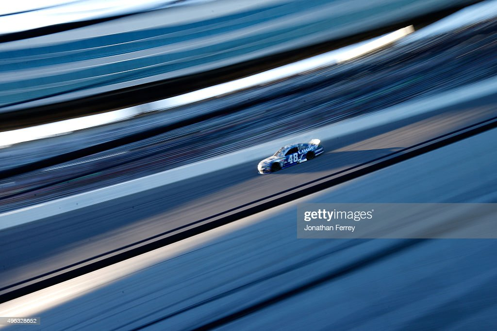 <a gi-track='captionPersonalityLinkClicked' href=/galleries/search?phrase=Jimmie+Johnson+-+Nascar+Race+Driver&family=editorial&specificpeople=171519 ng-click='$event.stopPropagation()'>Jimmie Johnson</a>, driver of the #48 Lowe's Chevrolet, races during the NASCAR Sprint Cup Series AAA Texas 500 at Texas Motor Speedway on November 8, 2015 in Fort Worth, Texas.