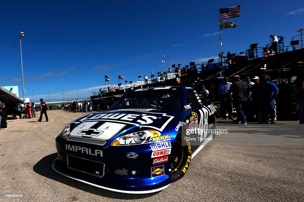 <a gi-track='captionPersonalityLinkClicked' href=/galleries/search?phrase=Jimmie+Johnson+-+Nascar+Race+Driver&family=editorial&specificpeople=171519 ng-click='$event.stopPropagation()'>Jimmie Johnson</a> drives the #48 Lowe's Chevrolet through the garage area during practice for the NASCAR Sprint Cup Series Ford EcoBoost 400 at Homestead-Miami Speedway on November 17, 2012 in Homestead, Florida.