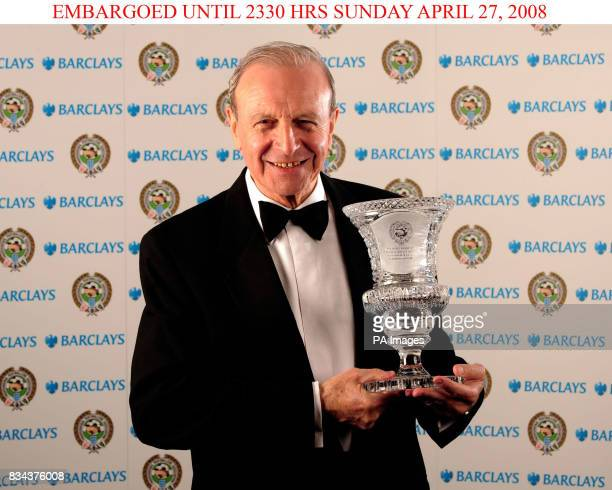 Jimmy Armfield with his Special Merit Award 2008