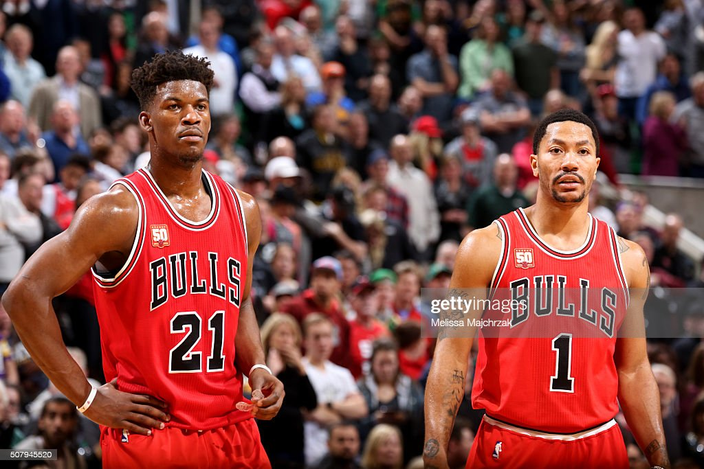 <a gi-track='captionPersonalityLinkClicked' href=/galleries/search?phrase=Jimmy+Butler+-+Basketbalspeler&family=editorial&specificpeople=9860567 ng-click='$event.stopPropagation()'>Jimmy Butler</a> #21 and <a gi-track='captionPersonalityLinkClicked' href=/galleries/search?phrase=Derrick+Rose&family=editorial&specificpeople=4212732 ng-click='$event.stopPropagation()'>Derrick Rose</a> #1 of the Chicago Bulls looks on during the game against the Utah Jazz on February 1, 2016 at EnergySolutions Arena in Salt Lake City, Utah.