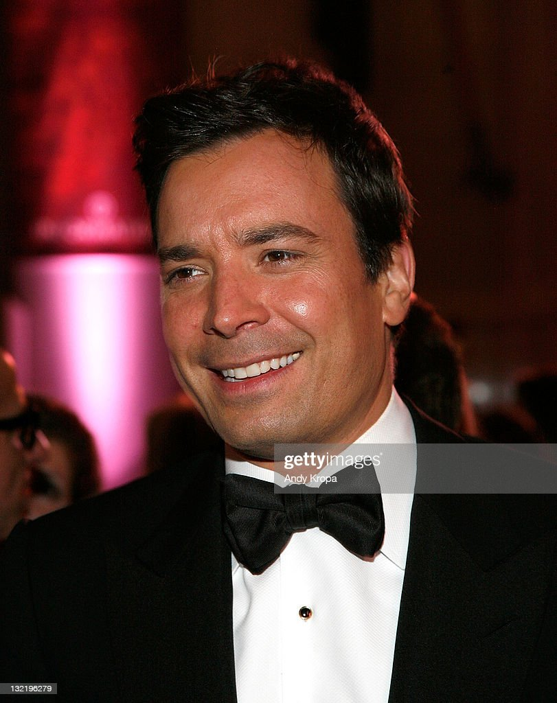 <a gi-track='captionPersonalityLinkClicked' href=/galleries/search?phrase=Jimmy+Fallon&family=editorial&specificpeople=171520 ng-click='$event.stopPropagation()'>Jimmy Fallon</a> attends the 2011 American Museum of Natural History gala at the American Museum of Natural History on November 10, 2011 in New York City.